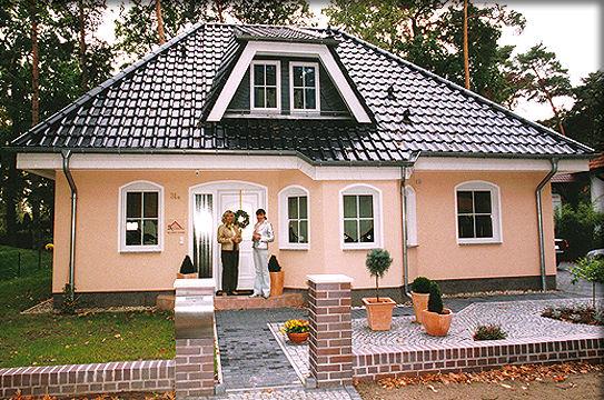 fertighaus berlin fertighaus berlin brandenburg traumh. Black Bedroom Furniture Sets. Home Design Ideas