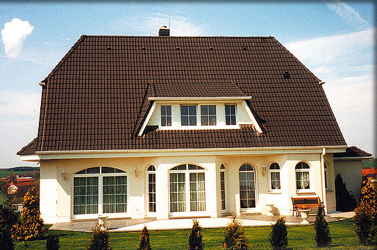 Haus massiv bauen haus bauen massiv haus massiv bauen for Fertighaus preiswert