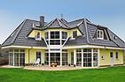GRUNEWALD 136 Preiswertes Einfamilien-Haus mit Turm