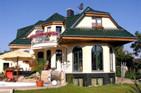 GRUNEWALD 150 Ein schönes MASSIV-Haus mit Doppeltreppe 150